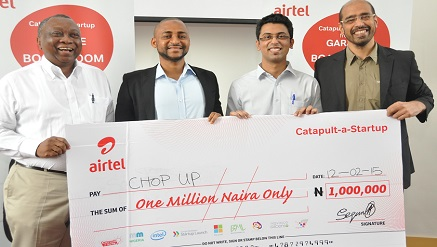 (L-r): Tomi Davies, chairman and founder, Mobile Monday, Zubair Abubakar, co-founder/CEO Chop Up, Roht Arora, assistant marketing manager, Airtel Nigeria and Nitin Anand, vice president, Data Products and Services, during the Airtel Catapult-a-Startup prize presentation in Lagos recently.